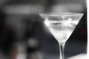 cocktailparty_martini_cut (1)