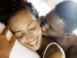 black-couple-intimate